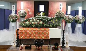 生花祭壇の一例