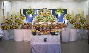 花の家族葬を自社斎場で施行