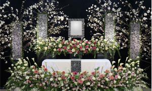 安心の葬儀・お葬式のことならワイズセレモニーにお任せください!